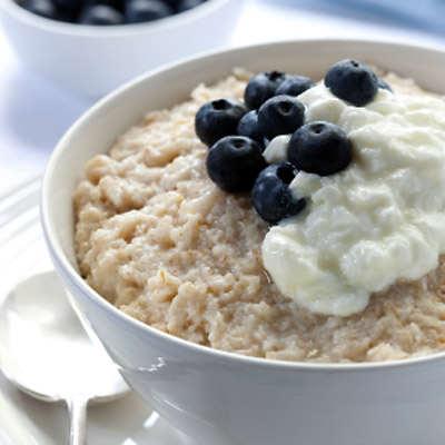 Tasty and healthy breakfast oatmeal recipe