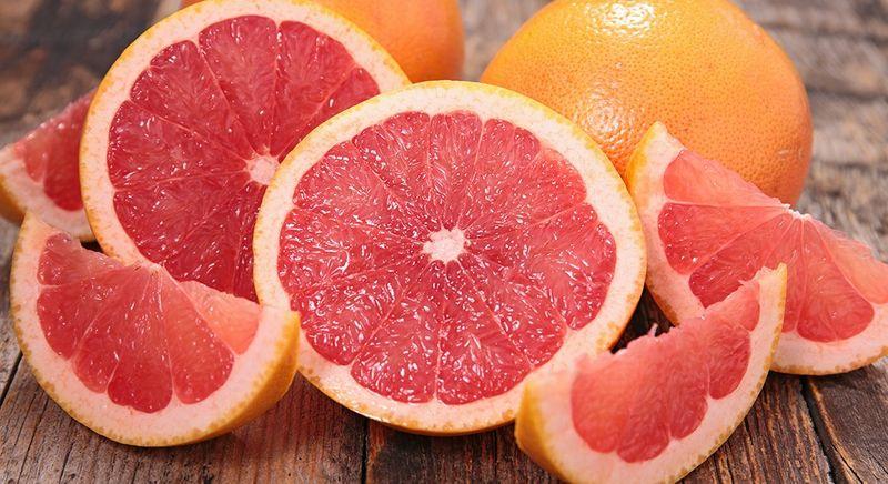 grapefruit lowers cholesterol